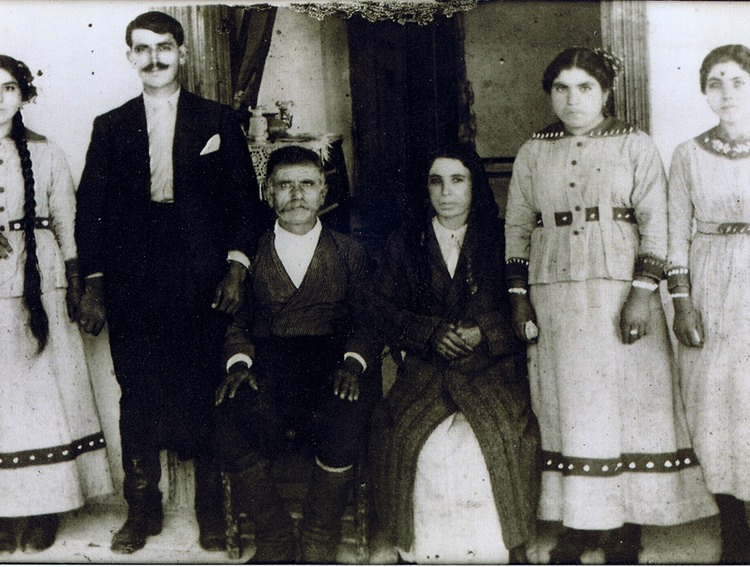 Engagement of Anastasis to Eleni circa 1915.